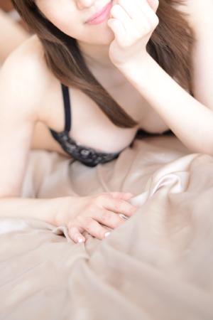 愛川ひびき